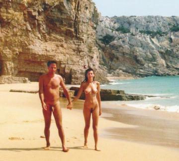 coppia nudista