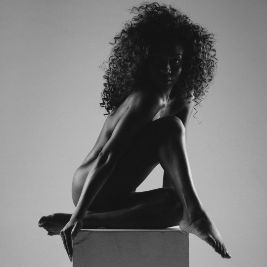 donna woman black