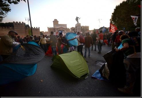 tende montate corteo,l'accampata a Roma 2