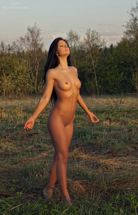nude meditation